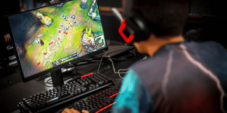 Player using multiple keyboards for playing league of legends